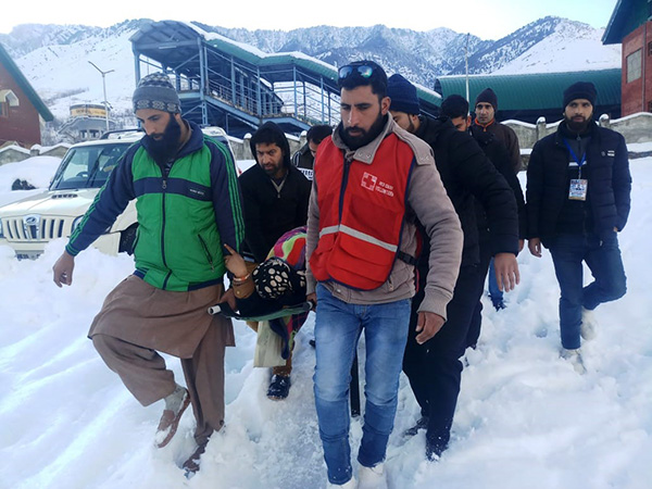 IRCS responds as heavy snowfall disrupts life in Jammu and Kashmir 22.02.2019